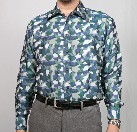 幾何学迷彩シャツ